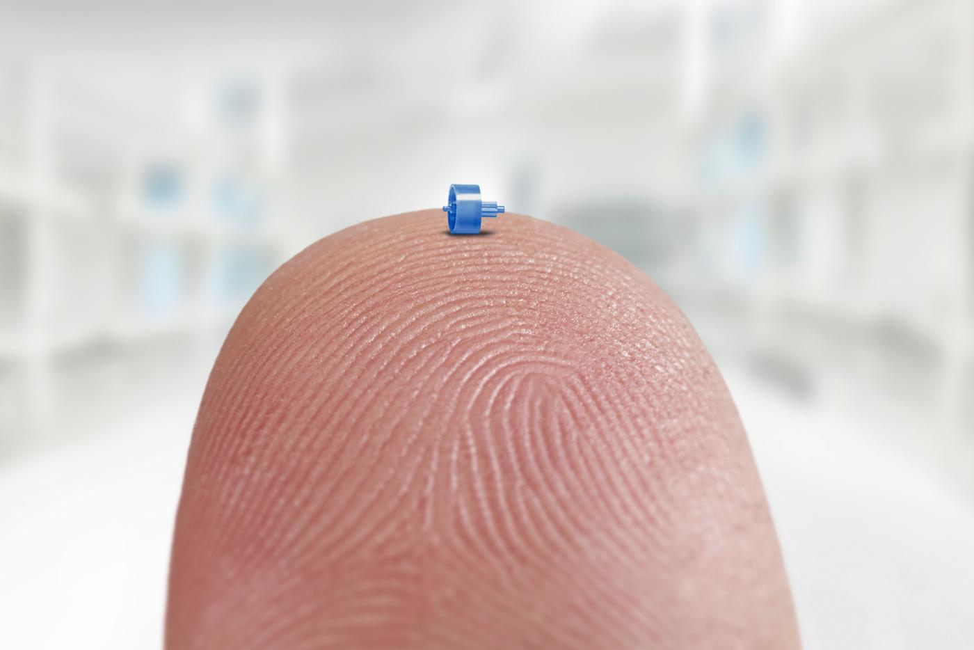 MicroMolding_finger